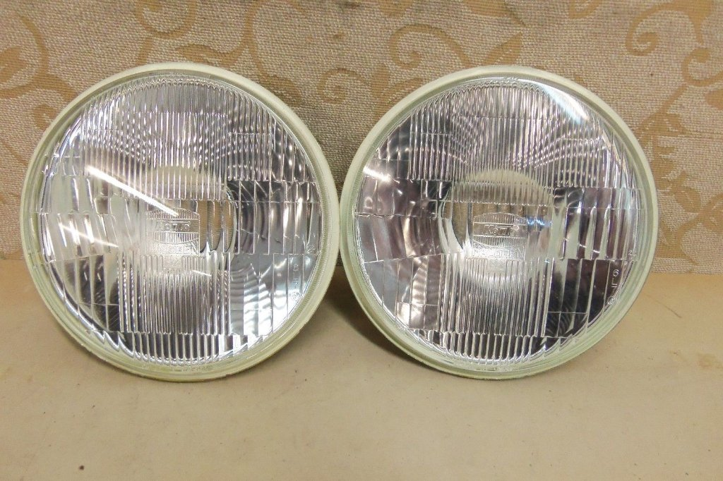NOS rx7 headlamps part no. 813451041.jpg